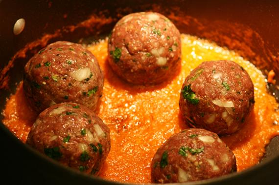 Fish Kofta With Tomatoo Sauce Recipe In Urdu