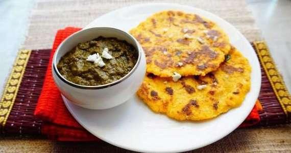 Makai Ki Tikki Aur Aloo Methi Ka Saag Recipe In Urdu