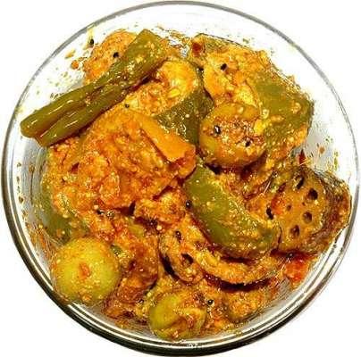 Achar Ko Kharab Honay Se Bachanay Kay Liay Recipe In Urdu