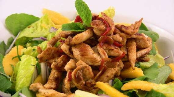 Hot Chicken Mango Salad Recipe In Urdu
