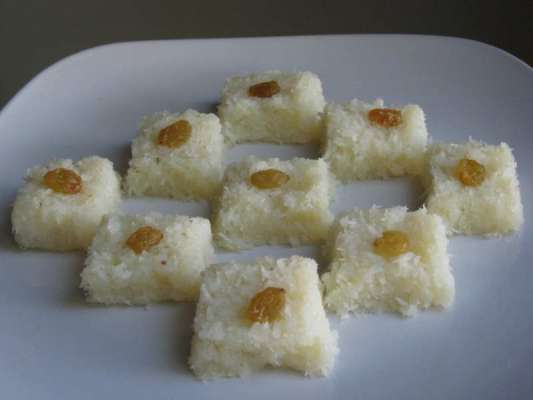 Nariyal Ki Barfi Recipe In Urdu