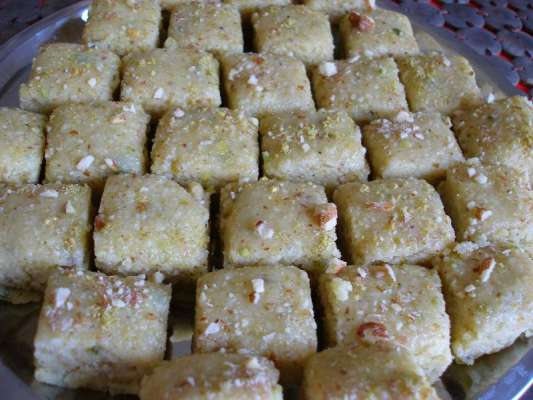 Banana Barfi Recipe In Urdu