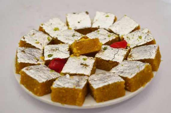 Zafrani Barfi Recipe In Urdu
