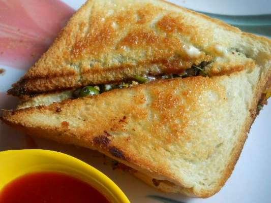 Aloo Toast Recipe In Urdu
