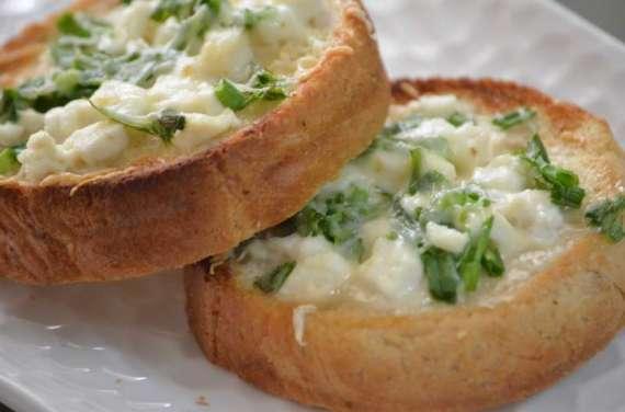 Paneer Pyaz Kay Toast Recipe In Urdu