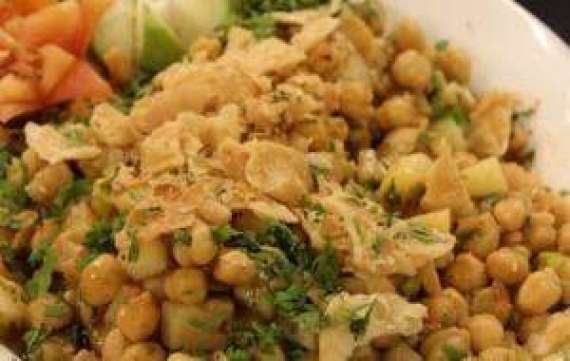 Chicken Chulay Chaat Recipe In Urdu