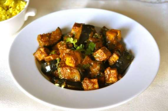 Baked Baingan Aur Paneer Recipe In Urdu