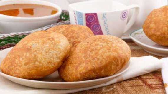 Chane Ki Meethi Kachori Recipe In Urdu