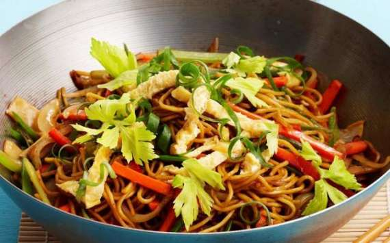 Vegetable Chow Mein Recipe In Urdu