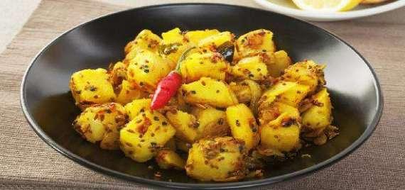 Gujarati Aloo Recipe In Urdu