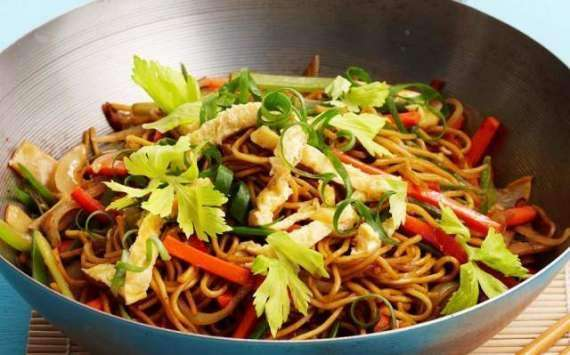 Mashroom Saas Noodles Recipe In Urdu