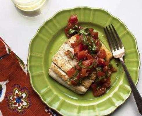 Fish In Tomato And Basil Leaves Recipe In Urdu