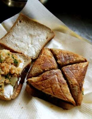 Alloo Ka Toast Recipe In Urdu
