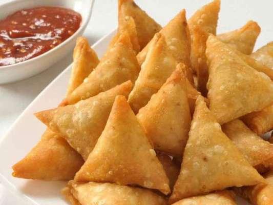 Chicken Aur Khobani Ke Samosay Recipe In Urdu