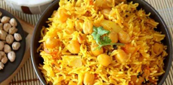Achari Chana Pulao Recipe In Urdu