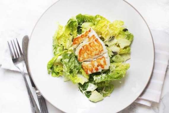 Pan Fried Fish And Vegetable Salad Recipe In Urdu