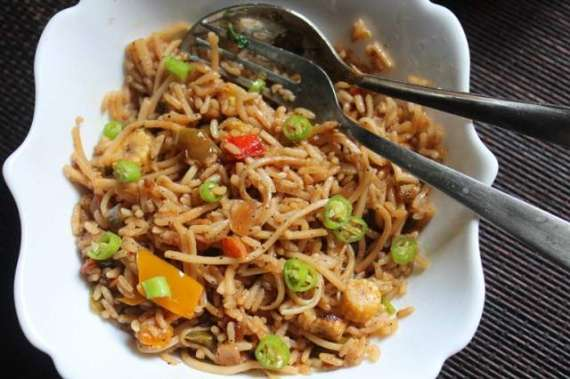 Noodles Fried Rice Recipe In Urdu