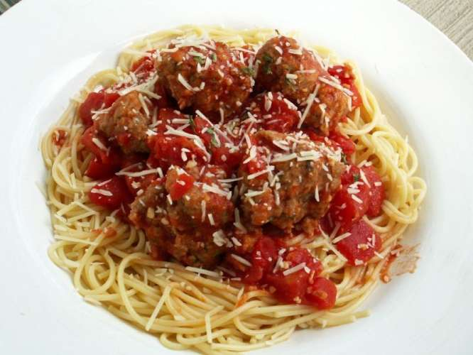 keemay kay ball aur spaghetti Recipe In Urdu