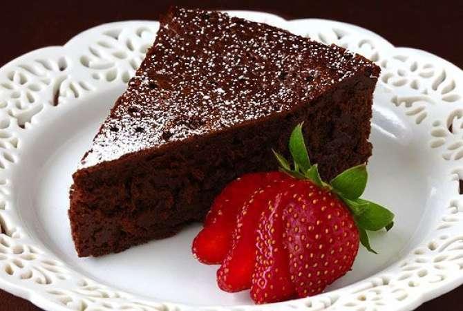 Chocolate cold cake number 1 Recipe In Urdu
