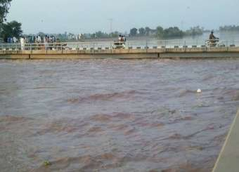 Flood In Upper Channab Canal In Village Chak Chatha Hafizabad