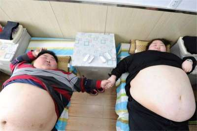chinese couple decides to get rid of obesity