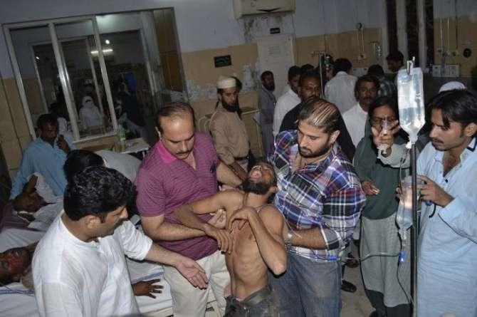 PTI K Jalsa Main Bhagdar Haqaiq Kiya Hain