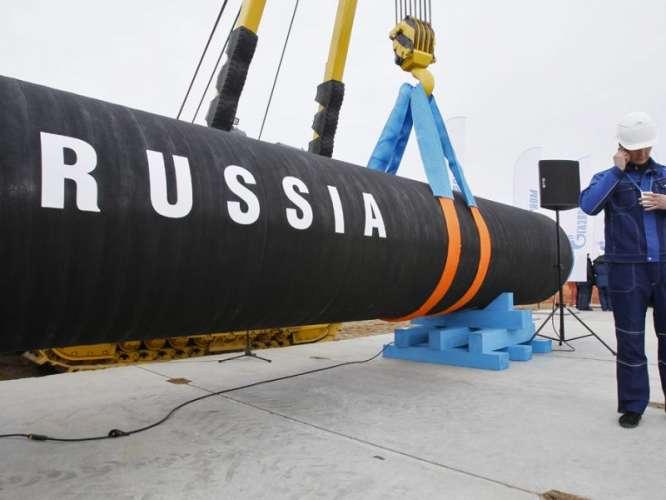 Gas K Bohran Per Russia Ki Tanhai