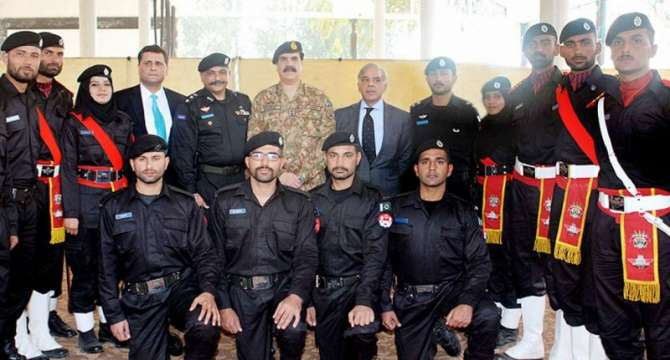 Counter Terrorism Force K Pehle Daste Ki Passing Out
