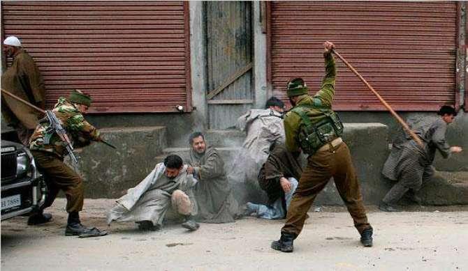 Maqboza Kashmir K Khilaf Baharti Sazishain