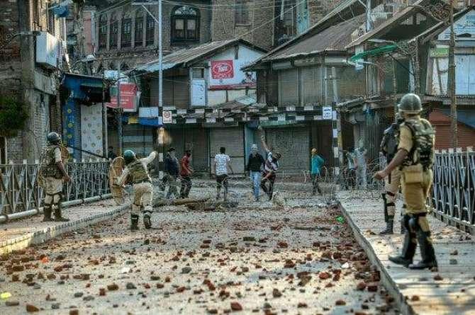 main bhi Pakistan hoon Kashmir bhi Pakistan hai