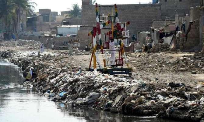 Roshniyon k sheher Karachi main kachre ki siasat