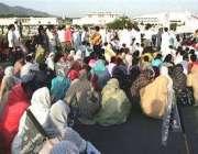 اسلام آباد، حدو د آرڈیننس میں ترامیم کے خلاف خواتین نے پارلیمنٹ ہائوس ..
