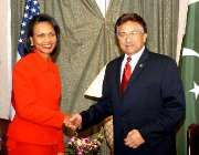 نیویارک، صدر جنرل مشرف امریکی وزیر خارجہ کونڈولیزا رائس کا استقبال ..