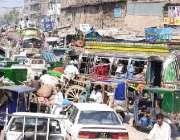 پشاور، ٹریفک لائٹس بند ہونے کی وجہ سے شہر کی تمام سڑکوں پر ٹریفک جام ..