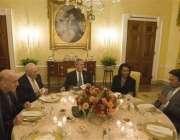صدر بش، مشرف اور کرزئی افطار ڈنر پر۔