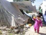 مظفر آباد، ایک سال گزرنے کے بعد بھی زلزلہ زدگان خیموں میں رہنے پر مجبور ..