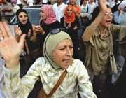 رملہ، الفتح کی کارکن خواتین فلسطینی صدر کےخلاف احتجاج کر رہی ہیں۔