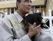 ایک عراقی سیٹلائٹ ٹی وی چینل کے ملازمین اپنے دفتر پر ہونے والے حملے ..