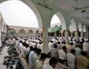 اسلام آباد، رمضان المبارک کے تیسرے جمعتہ المبارک کے موقع پر ہزاروںنمازی ..