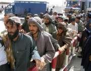 حکومت کی طرف سے رہائی پانے والے 126افغان شہری چمن افغان بارڈر پر انٹری ..