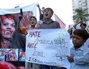 کراچی، اسرائیل اور امریکہ کی جارحیت کیخلاف مظاہرے میں مظاہرین امریکہ ..