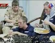 ایرانی ٹی وی سے حاصل کردہ تصیویر گرفتار برطانوی سیلرز کھانا کھا رہے ..