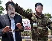 اسلام آباد،صدارتی ریفرنس کی سماعت کے موقع پر وکلاء صدر مشرف اور چیف ..