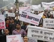 نئی دہلی،بھارتی شہری حکومتی کرپشن کیخلاف احتجاج کر رہے ہیں۔