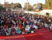 حیدر آباد، متحدہ قومی موومنٹ کے کارکن پارٹی قائد الطاف حسین کا خطاب ..