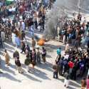 راولپنڈی، پیرودھائی روڈ 4 نمبر چونگی کے مکین گیس لوڈشیڈنگ کیخلاف احتجاج ..