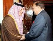 اسلام آباد: صدر ممنون حسین سعودی وزیر خارجہ سعود الفیصل سے ملاقات سے ..