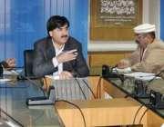 پشاور: صوبائی وزیر صحت خیبرپختونخواہ شوکت علی یوسفزئی ہسپتالوں کے ..