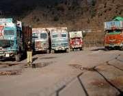 مظفرآباد: انٹر ٹریڈ کشمیر تجارت رکنے کے باعث بھارت سے آئے ٹرک چکوٹھی ..