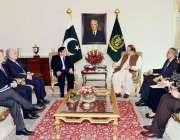 اسلام آباد: وزیر اعظم نواز شریف ایشیائی ترقیاتی بینک کے سربراہ سے ملاقات ..